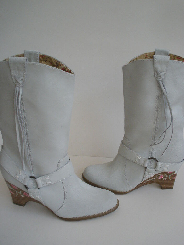 SEYCHELLES Western style Boot US 7 EUR 38  NEW SALE