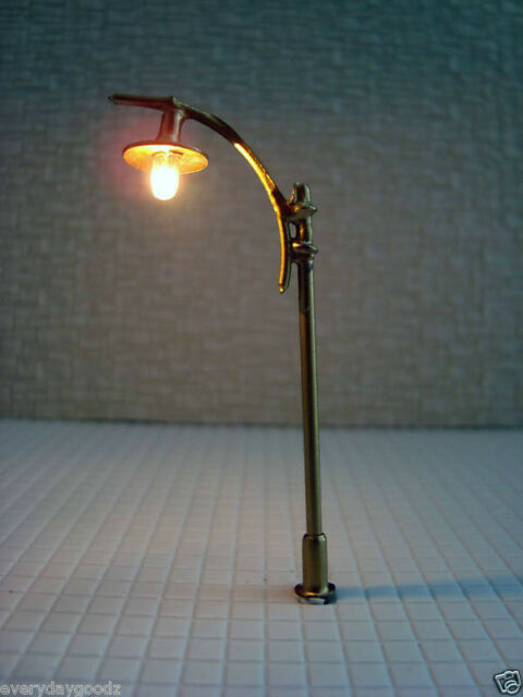 LT15-300x Scale Train Model Lamppost Lamp Light HO TT