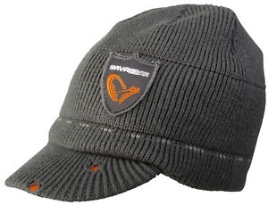 SAVAGE GEAR Logo Knit Beanie Strickmütze Wintermütze Mütze mit Schirm 57051