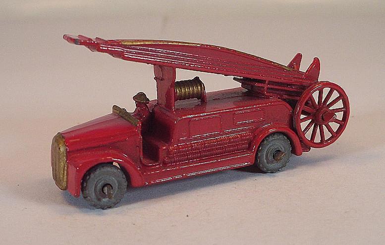 MATCHBOX REGULAR Wtalons Nº 9 A Dennis  Fire Escape rouge PL LESNEY  220  les ventes chaudes