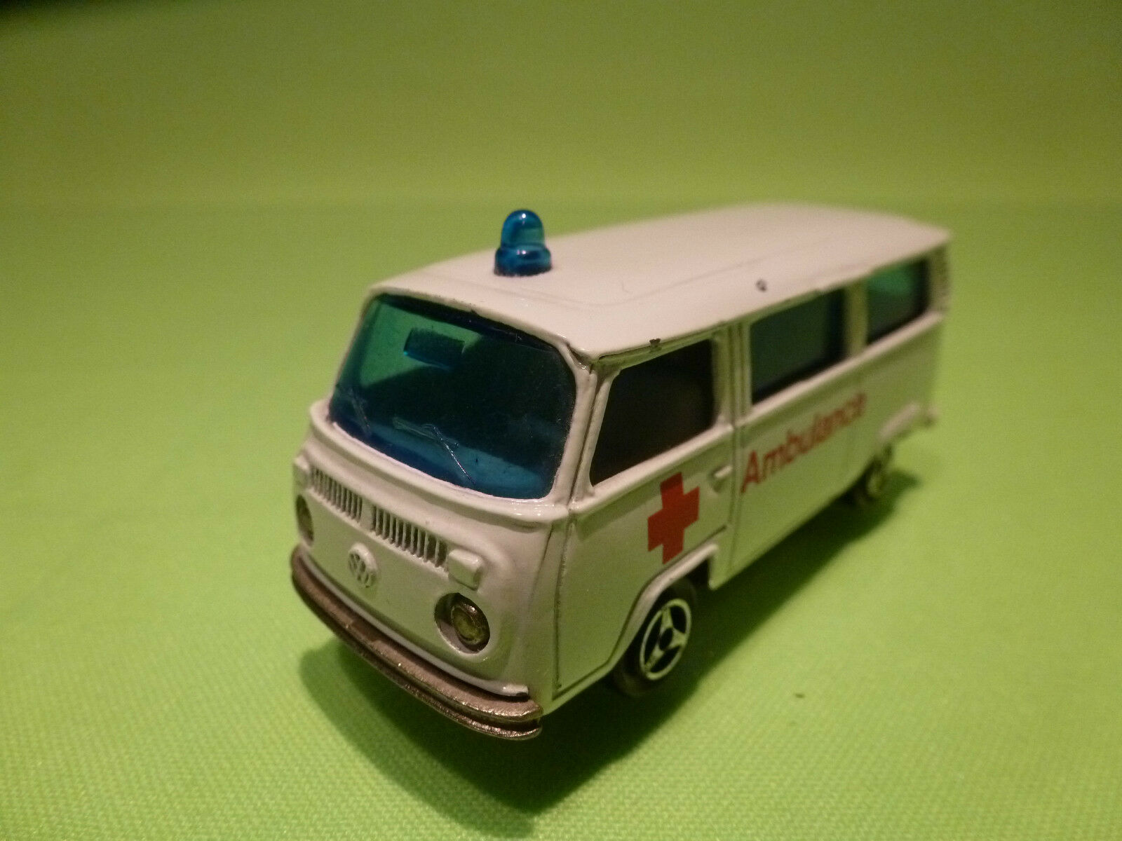 MAJORETTE 244 VW VOLKSWAGEN T2 - AMBULANCE 1 60 - RARE SELTEN - GOOD CONDITION