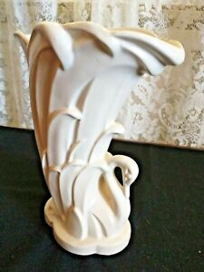 "BEAUTIFUL VINTAGE McCOY MATTE WHITE SWAN VASE 9.25"" TALL"
