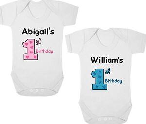 Personnalisé 1st Anniversaire New Baby Body/baby Grow/gilet Cadeau D'anniversaire/cadeau-afficher Le Titre D'origine MatéRiaux De Qualité SupéRieure