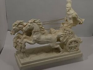 VTG 1974 - Roman Gladiator/Horses/Chariot Statue/Home Decor - Unsigned