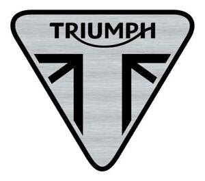 Logo-adhesif-grave-Triumph-Speed-Street-Bonneville-5-5cm-x-5cm-epaisseur-1mm