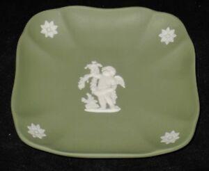 Wedgwood-Jasperware-Green-England-Square-Dish-Pin-Tray