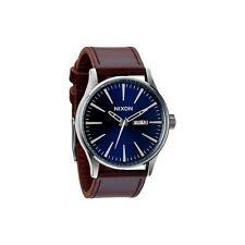 Nixon Sentry Leather Blue brown Uhr Watch Armbanduhr Quarzwerk braun A105 1524