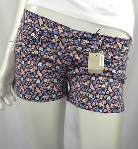 Levis-Junior-Ladies-Low-Rise-Printed-Shorts-sizes-27-28-29-30-31