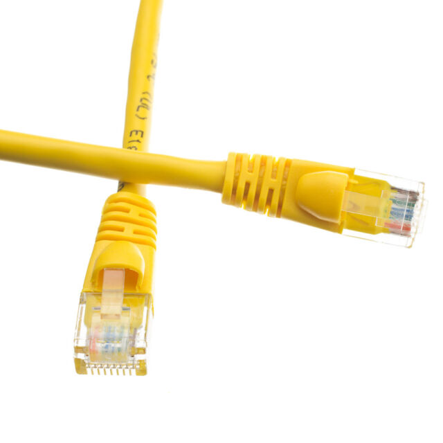 AVU Cat5e Snagless//Molded Boot Ethernet Patch Cable-Pick Size//Color 0.5/'-25/'