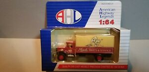 HARTOY-LO1032-MACK-PARTS-DELIVERY-TRUCK-1-64-SCALE-DIECAST-METAL-MODEL