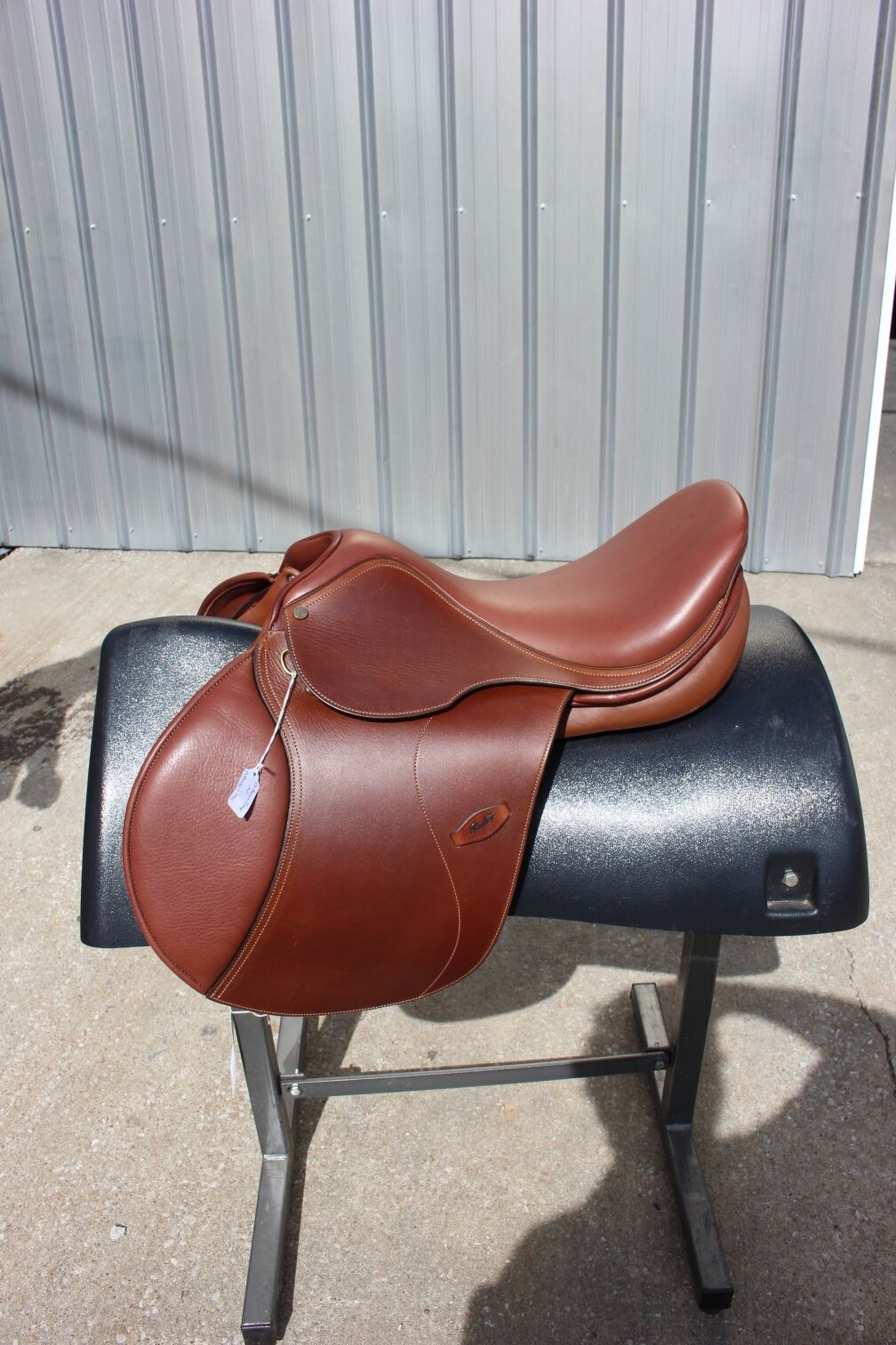 36-9 Spirig 17.5  Rider English saddle 30 medium wide tree