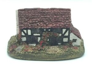 Lilliput-Lane-Bellota-Cottage-Ingles-Coleccion-S-East-firmada-por-David-Tate