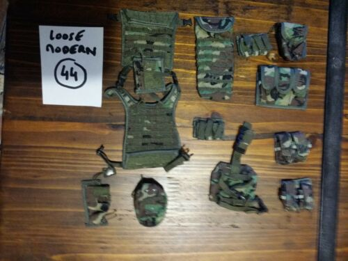 Action Figure 1//6 Loose Modern Lot 44 Dragon BBI Soldier Story DID Very Hot Toys