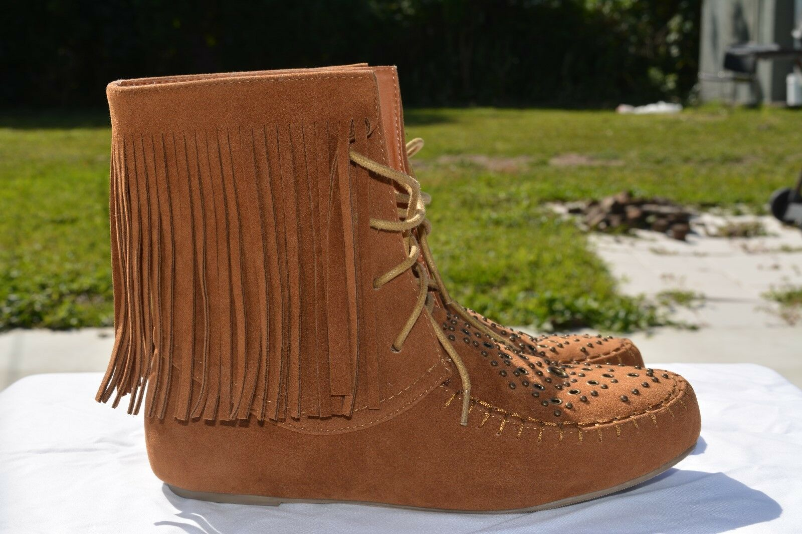 Steve Madden Womens Brown Fringe Studded Ankle Moccasins Stylish Cute Size 6.5