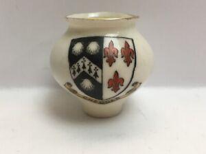 Vintage-Crested-China-Cheddar-Vase
