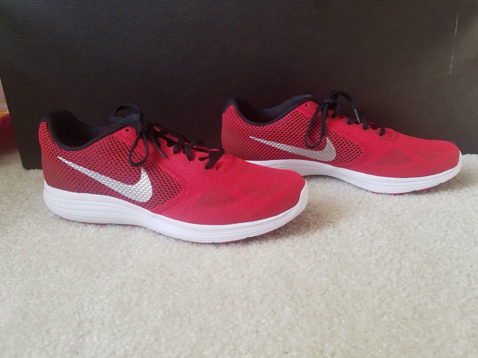 Nike Revolution 3 Men Size 11