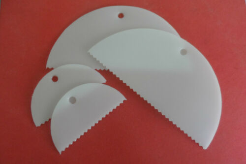 2 x large, 2 x small plastic glue spreader Pack of 4 Adhesive Spreader