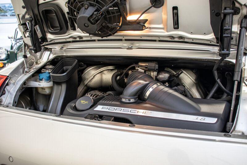 Porsche 911 Carrera S Coupé - 11