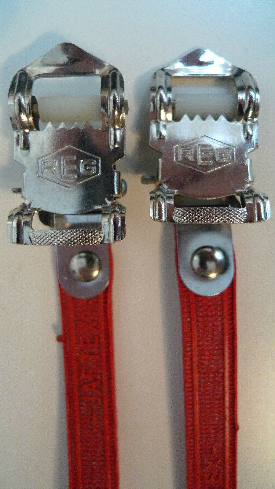 Vintage NOS Classic 80's REG  Italian Pedal Straps RED for your Vintage Ride  fast shipping worldwide
