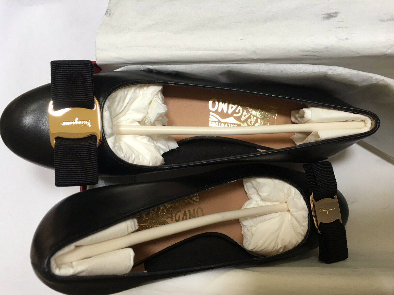 600 Salvatore Salvatore Salvatore Ferragamo Vara Bow Pump Black gold Leather NIB 5 6.5 7 9 10B 4ae99a
