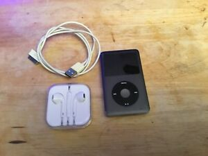 Apple-iPod-Classic-7th-Generation-Black-160GB-MC297