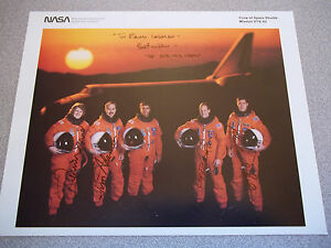 STS-43 8X10 Autographed Crew (...