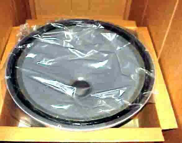 s l1600 - NEW IN  BOX 30 INCH ELECTROVOICE UNIVERSAL SOUND WOOFER MADE IN USA EV-30...