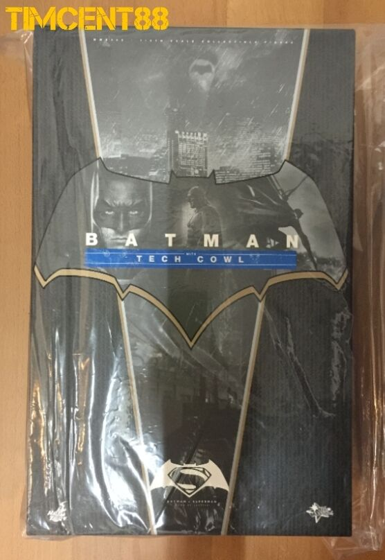 Prêts  Hot Toys MMS342 Batman V Superman Dawn of Justice avec Tech Cowl 1 6