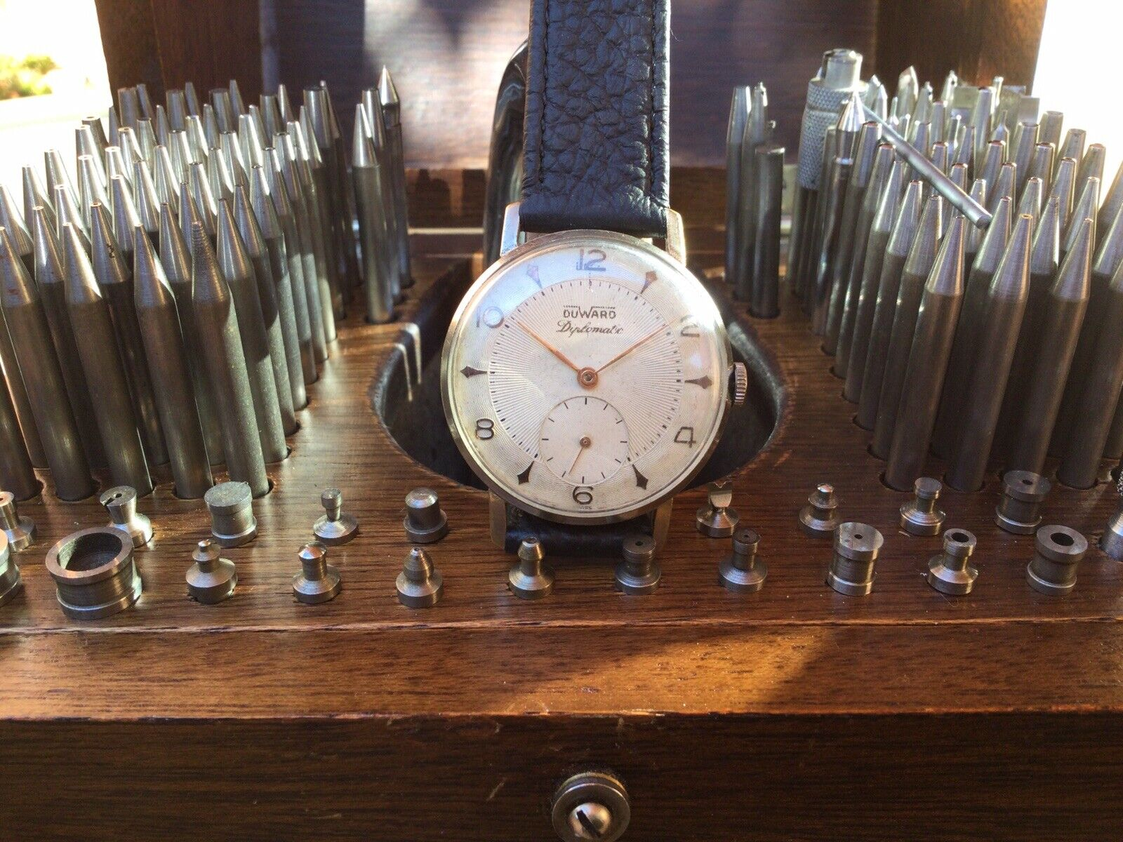 Duward Diplomatic. Duward 171 (base Unitas 176). Reloj Vintage. In Working Order