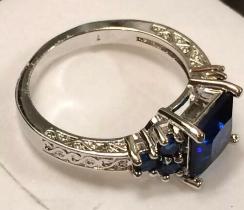 AD279 Art Deco Vintage 10kt White Gold Blue Sapphire Scroll Claw Ring Size N
