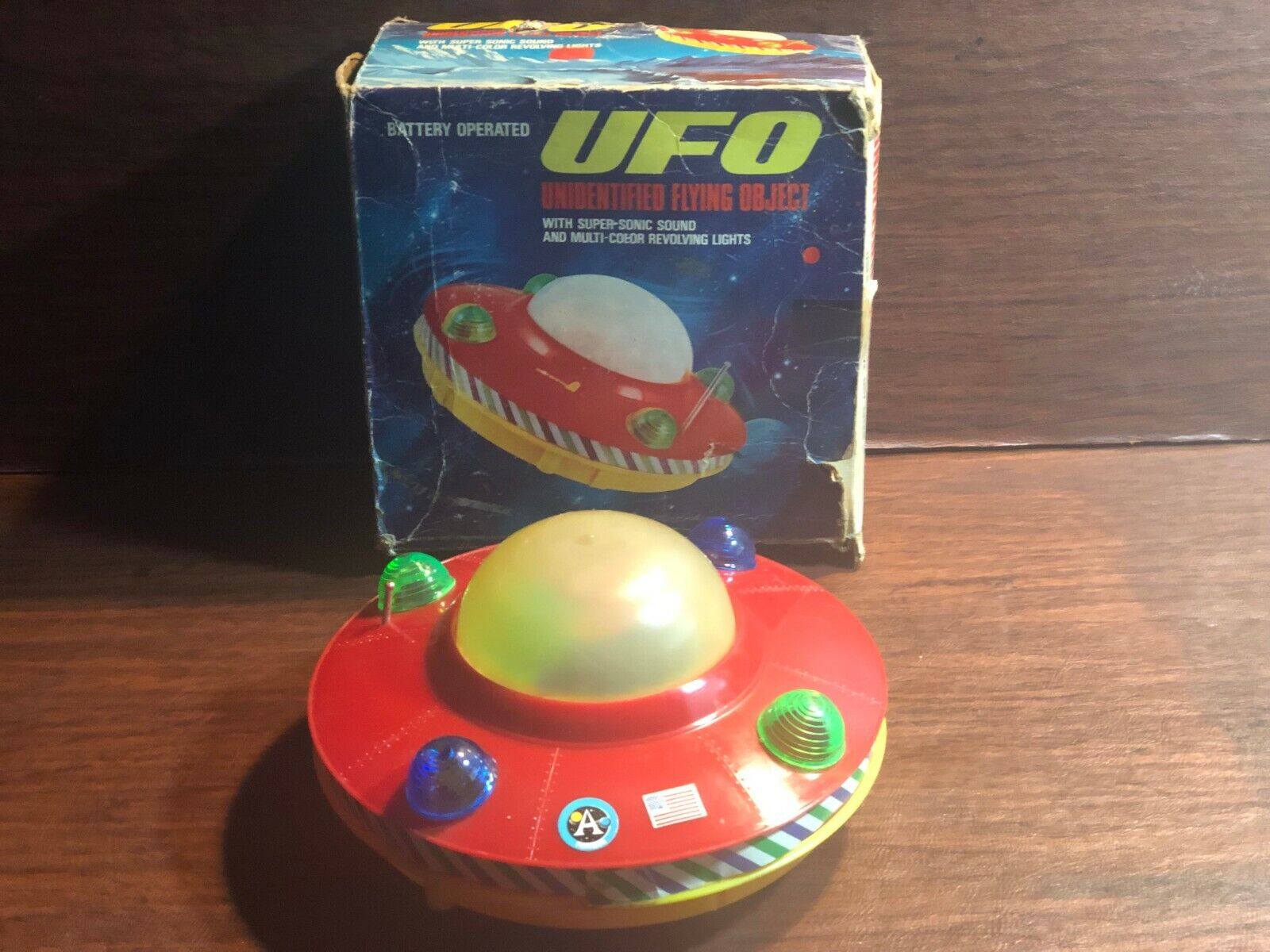 1970S UFO FLYING SAUCER SPACE TOY & ORIG BOX HONG KONG