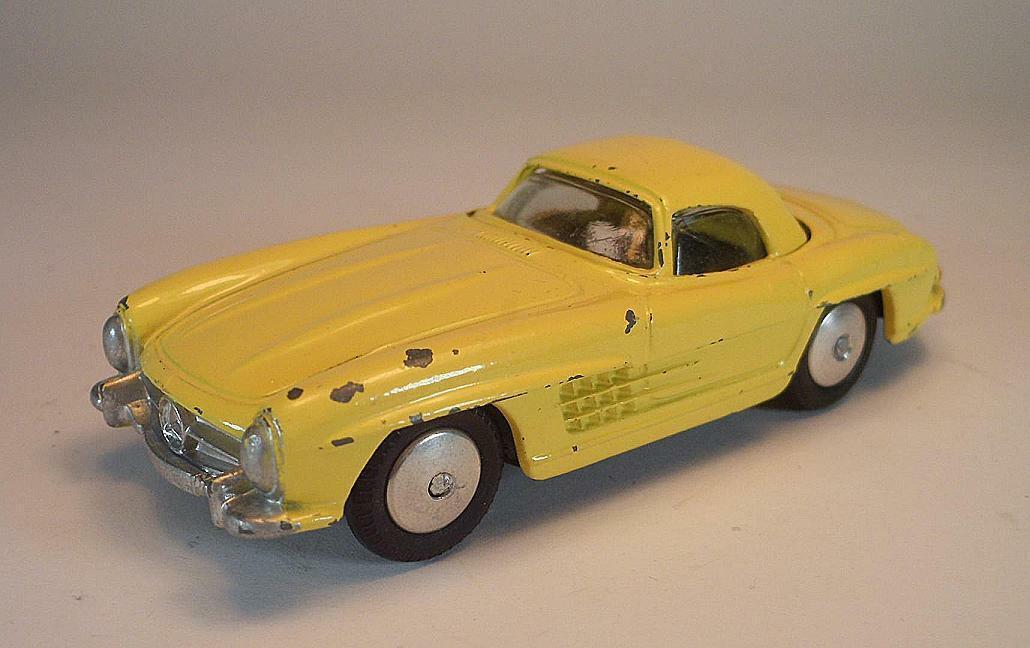 Corgi toys nº 304 mercedes benz 300 SL Roadster giallo giallo techo