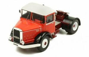 BERNARD 150 MB - 1951 - red / white - IXO 1:43