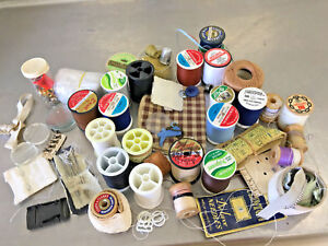 BS4-Vintage-lot-of-sewing-thread-metal-thimbles-thimble-etc