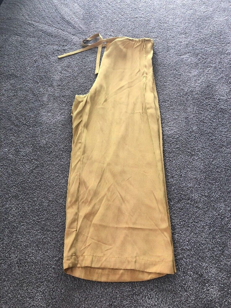 women Jessica Iridescent Yellow Women's Cropped ankle Pants. Size 1. NWT. DJ121