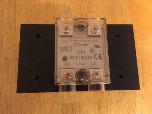 Crouzet 84134080 Solid State Relay 125A 3-32VDC With Heat Sink. 24-280VAC