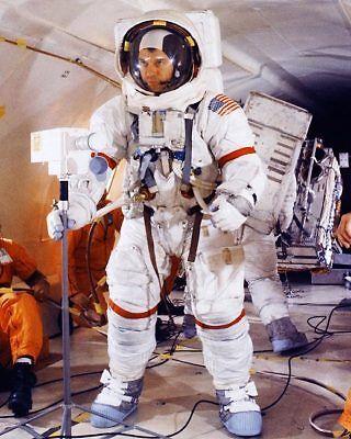 Historical Memorabilia Open-Minded Apollo 14 Astronaut Alan Shepard Suited Up 11x14 Silver Halide Photo Print Discounts Sale