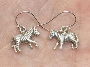 Vintage-Sterling-Silver-925-Zebra-3D-Detailed-Dangle-Hook-Pierced-Earrings