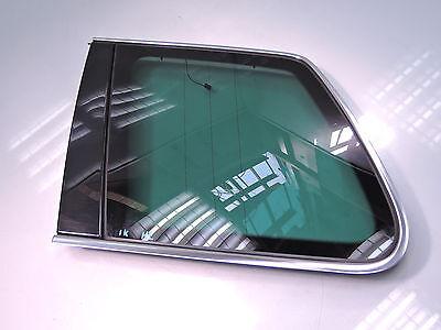 VW TOUAREG 7L SEITENSCHEIBE HINTEN LINKS SCHEIBE WERKSTÖNUNG CHROM (IK114)