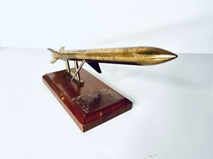 1950s-Vintage-Solid-Brass-12-Rocket-Missile-On-Cherry-Wood-Base-Sculpture-3-Lbs