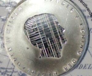 Misslag-coincard-5-Beemster-Kleine-beschadiging-achter-de-nek-van-WA