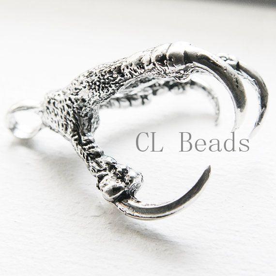 1pcs Oxidized Silver Tone Base Metal Pendant - Claw 73x58mm (3910X-J-185)