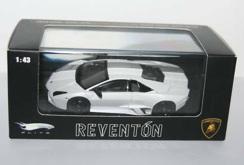 Mattel Hot Wheels - LAMBORGHINI REVENTON 1 43