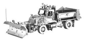 Metal-Earth-1147-Truck-Snowplow-114-SD-Snowe-Plow-3D-Metal-Kit