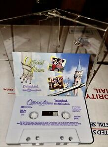 VINTAGE-OFFICIAL-ALBUM-DISNEYLAND-WALT-DISNEY-WORLD-CASSETTE-TAPE-1991