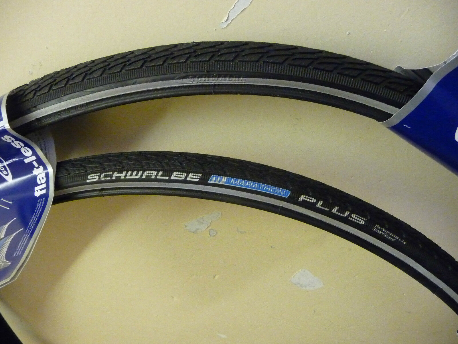 Schwalbe Marathon PLUS Cycle Bike Tyres 700 x 25c PAIR NEW Puncture Predection