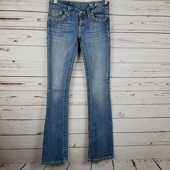 Miss Me Boot Cut Jeans Size 27 Med bluee Wash