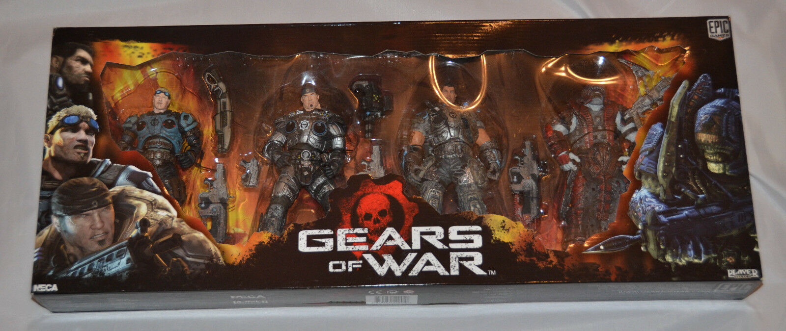 Brand New SEALED  Gears of War NECA Series 2 BOX SET Marcus Dom Baird Theron G