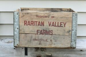 Antique-Vintage-Raritan-Valley-Dairy-Wooden-Crate-Somerville-NJ-Red-Advertising