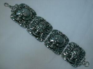 Rare-Vintage-Silver-Tone-African-Maiden-Panels-Bracelet